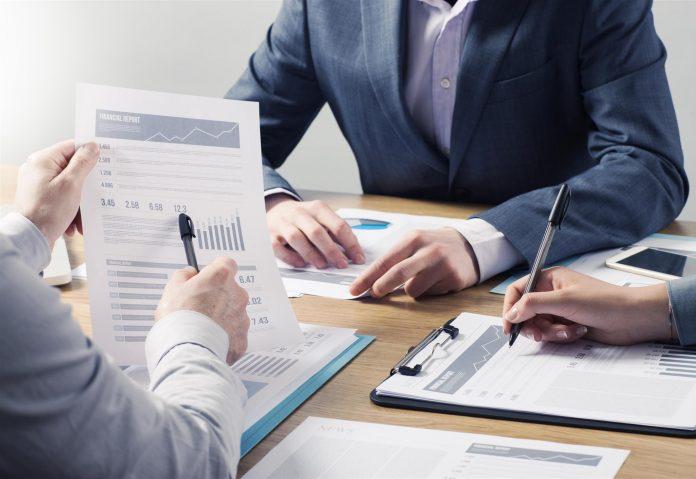 Investera i företag istället för att spara pengar under kudden |Nyhetsgram