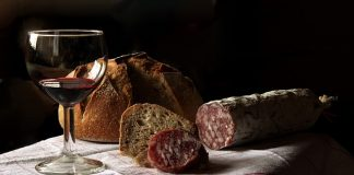 Förgyll middagen med ett fylligt rött vin   Nyhetsgram