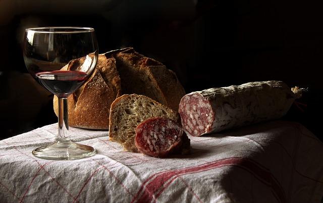 Förgyll middagen med ett fylligt rött vin | Nyhetsgram