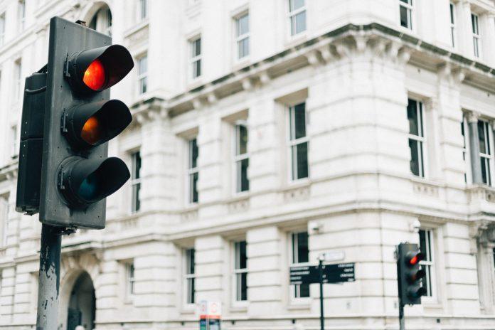 Trafiksignalsystem för städer | Swarco