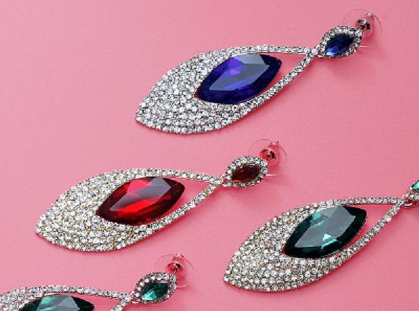 De senaste trenderna inom silversmycken i Stockholm | Nyhetsgram