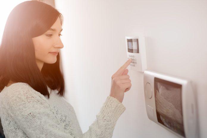 Kodlås ytterdörr – nygammal teknik som nu kan installeras i de flesta hem och som har många fördelar | nyhetsgram